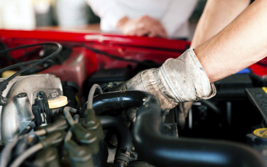 Reparación de automóviles Piezas y suministros